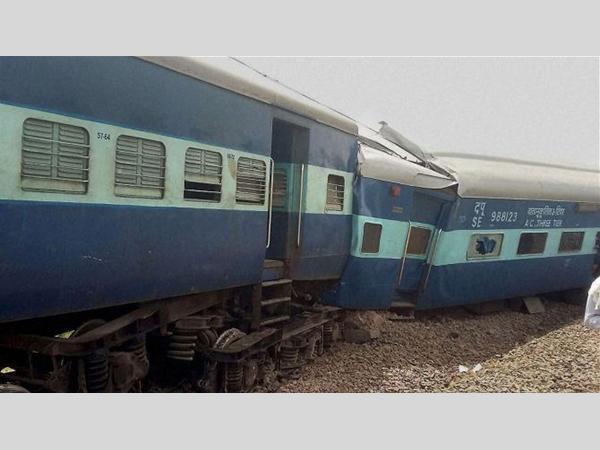 2 killed ,  over 40 injured as Ajmer-Sealdah Express derails